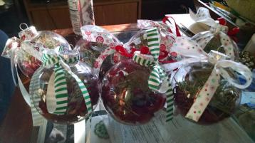 Crafty ornaments for the neighbors and relatives